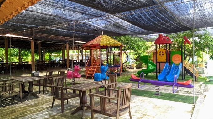 Khu vực vui chơi dành cho trẻ em tại Điền Lan Thôn Trang