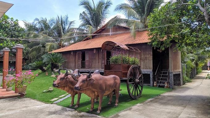 Tiểu cảnh tại khu du lịch Điền Lan Thôn Trang