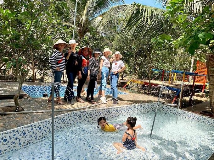 Hồ bơi dành cho trẻ em tại Nghênh Xuân