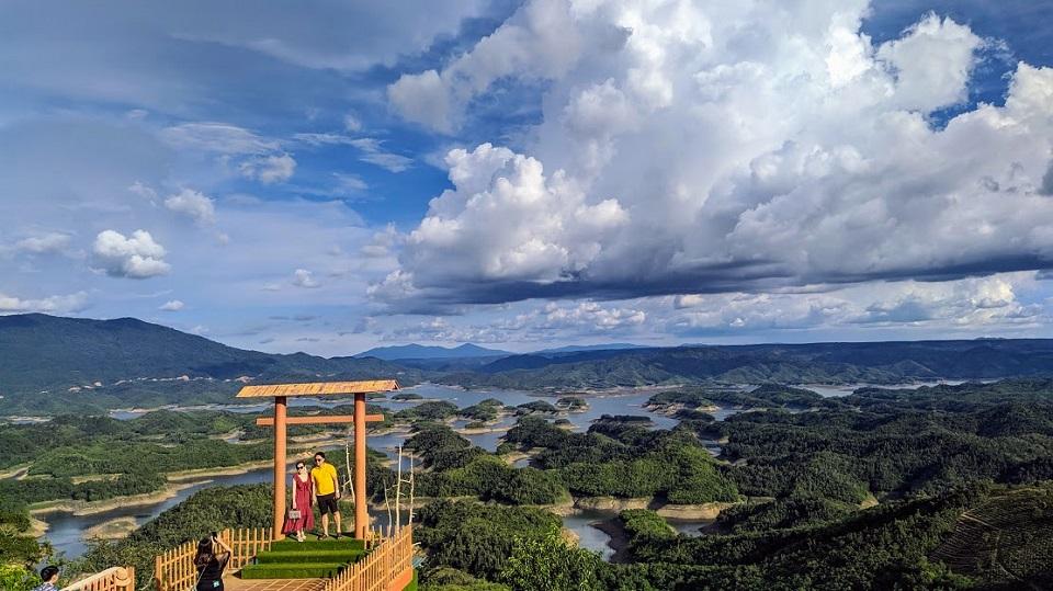 Khám phá Hồ Tà Đùng - Vịnh Hạ Long của Tây Nguyên