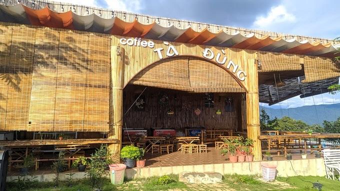 Quán Coffee tại khu du lịch Tà Đùng