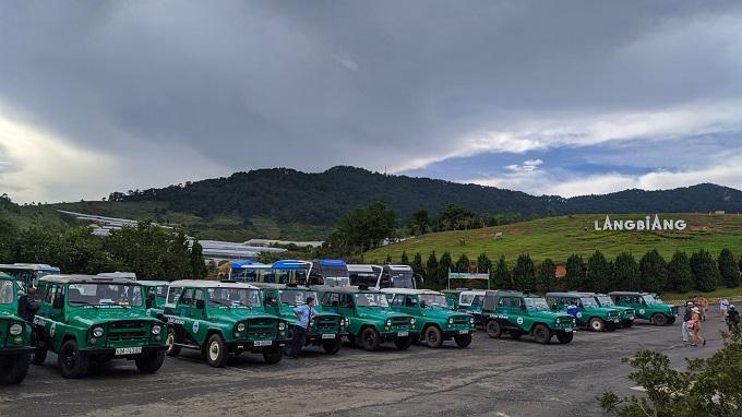 Khám phá đỉnh Langbiang bằng xe jeep