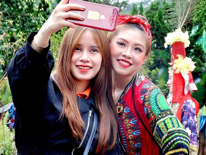 Thỏa sức chụp ảnh check-in tại khu du lịch Quỷ Núi Đà Lạt