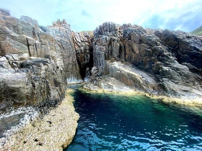 'Bể bơi thiên nhiên' nằm ngoài biển
