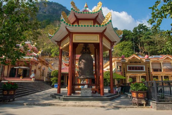 Đại Hồng Chung - biểu tượng của văn hóa Phật giáo