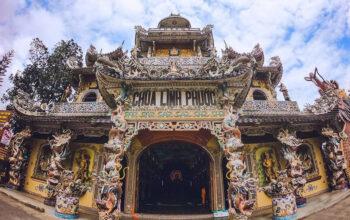 Khám phá Chùa Ve Chai (Chùa Linh Phước) ở Đà Lạt với 18 kỷ lục được ghi nhận