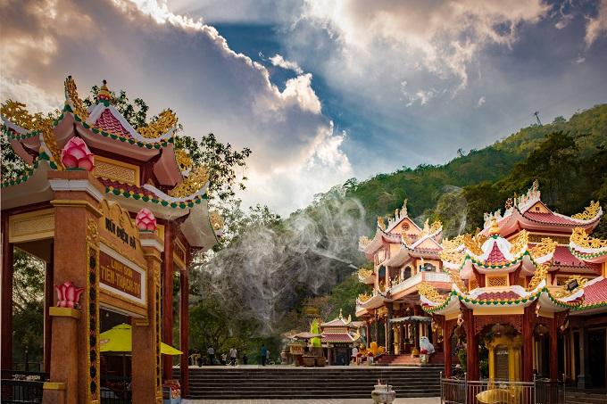 Khám phá Núi Bà Đen tại Tây Ninh