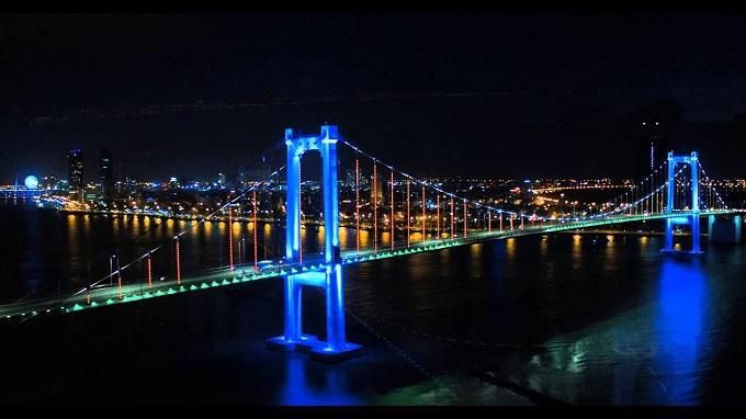 Vẻ đẹp lộng lẫy cuốn hút cây Cầu Thuận Phước dài nhất Đà Nẵng