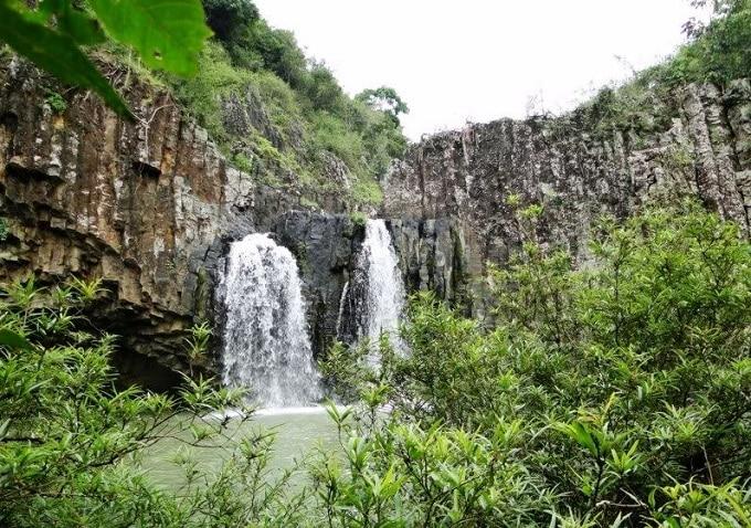 Hãy chung tay bảo vệ môi trường và gìn giữ vẻ đẹp hoang sơ của Thác Vực Hòm