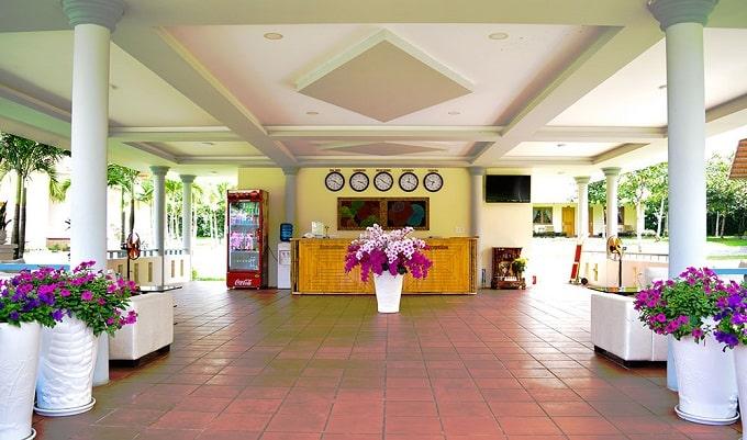 Khách sạn Bằng Lăng trong khuôn viên Suối Mơ Park