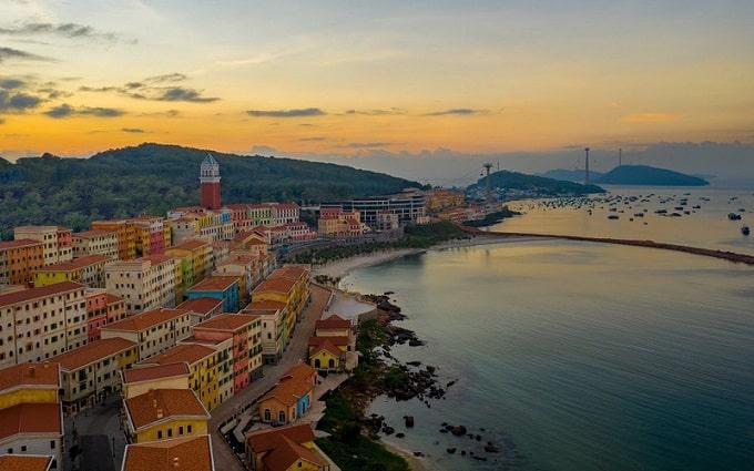 Chuỗi sự kiện đón năm mới hoành tráng chưa từng có - New Year Countdown 2021 Nam Phú Quốc