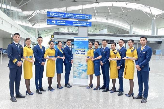 Đồng phục vủa tiếp viên hãng Vietravel Airlines