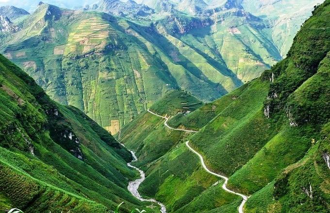 Cao nguyên đá Đồng Văn - Công viên địa chất toàn cầu đầu tiên tại Việt Nam và thứ 2 ở Đông Nam Á