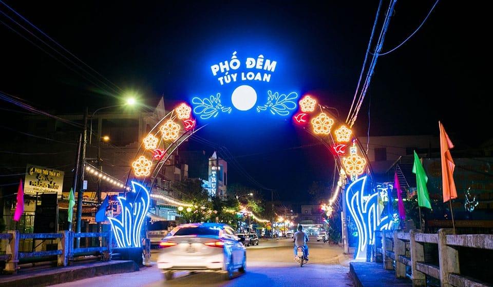 Phố Đêm Túy Loan chính thức Khai trương tại Đà Nẵng