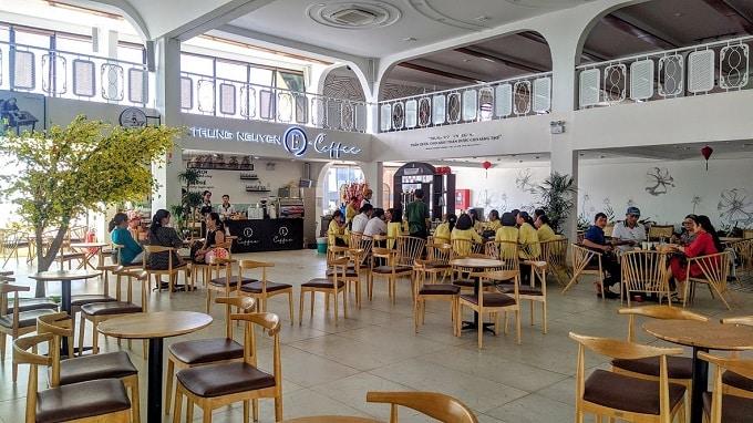 Thưởng thức Cafe Trung Nguyên tại Cảng Du Thuyền Mỹ Tho Marina