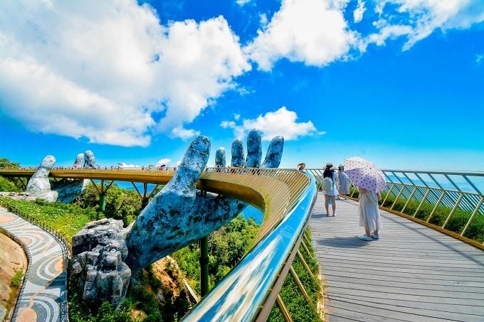Cầu Vàng Đà Nẵng là nơi được nhắc đến đầu tiên trong danh sách kỳ quan thế giới mới