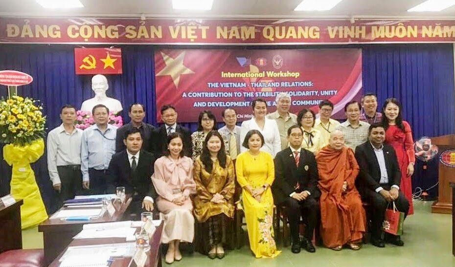 Giới Thiệu Danh Nhân Văn Hóa Nguyễn Đình Chiểu Tại Tọa Đàm Khoa Học Quốc Tế