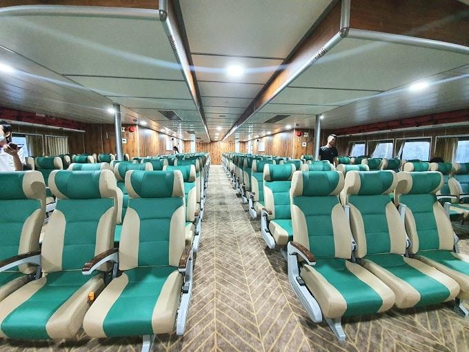 Ghế phổ thông tàu Mai Linh Express