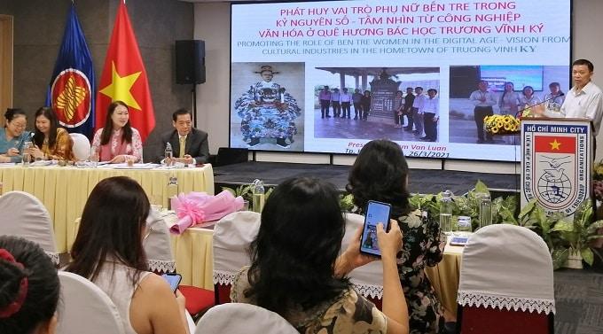 ThS. Phạm Văn Luân trình bày báo cáo tại Tọa đàm. - Ảnh: LT