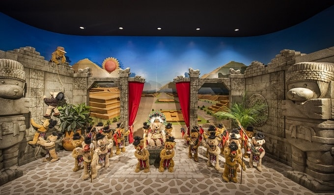 Bảo tàng có hơn hơn 500 chú gấu được làm hoàn toàn thủ công, thiết kế tinh xảo