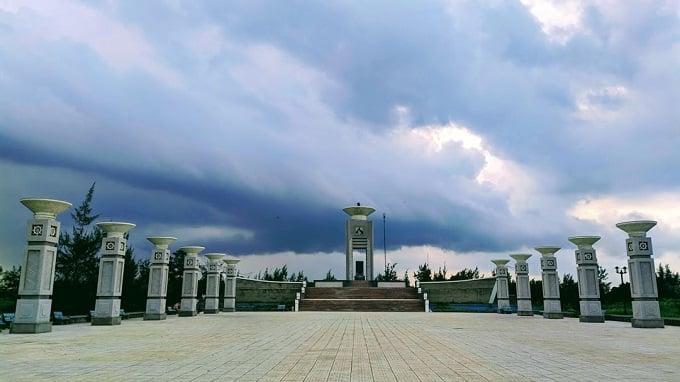 Di tích Đầu cầu tiếp nhận vũ khí Bắc – Nam tại xã Thạnh Phong, Thạnh Phú