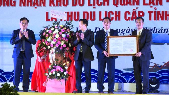 Quyết định 3389 của UBND tỉnh về công nhận Khu du lịch Quan Lạn - Minh Châu là khu du lịch cấp tỉnh