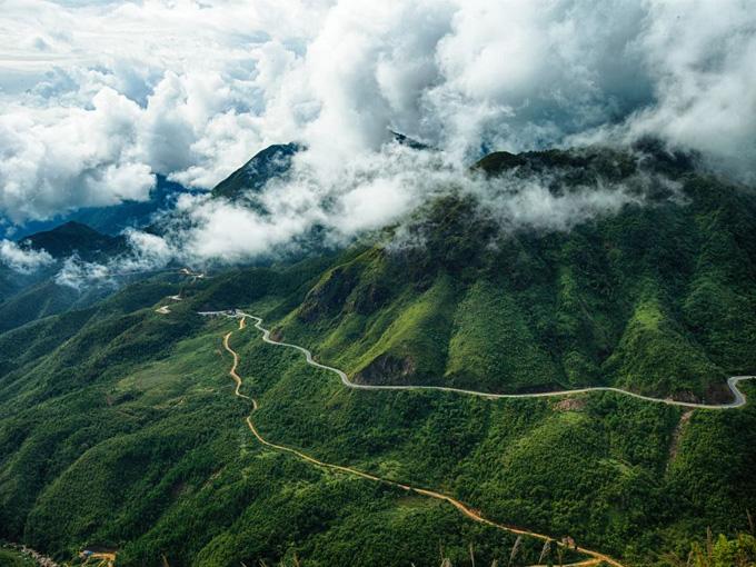 Đèo Ô Quy Hồ còn có tên gọi khác là đèo Mây, đèo Hoàng Liên Sơn