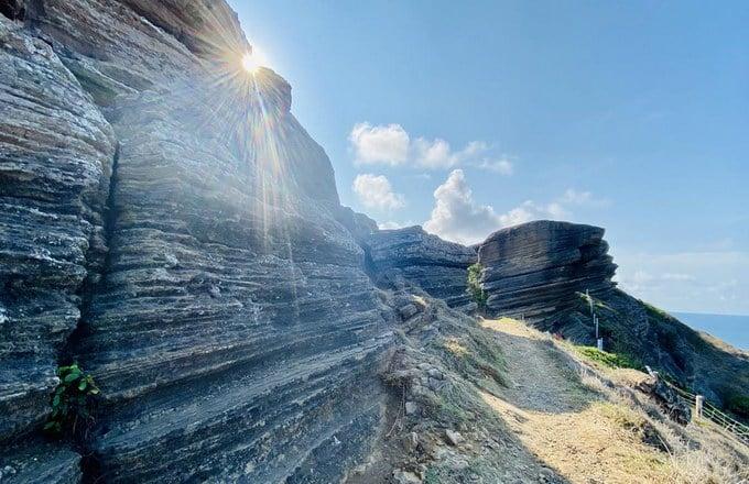 Đỉnh núi Cao Cát – Địa điểm check in 'chất lừ' của giới trẻ