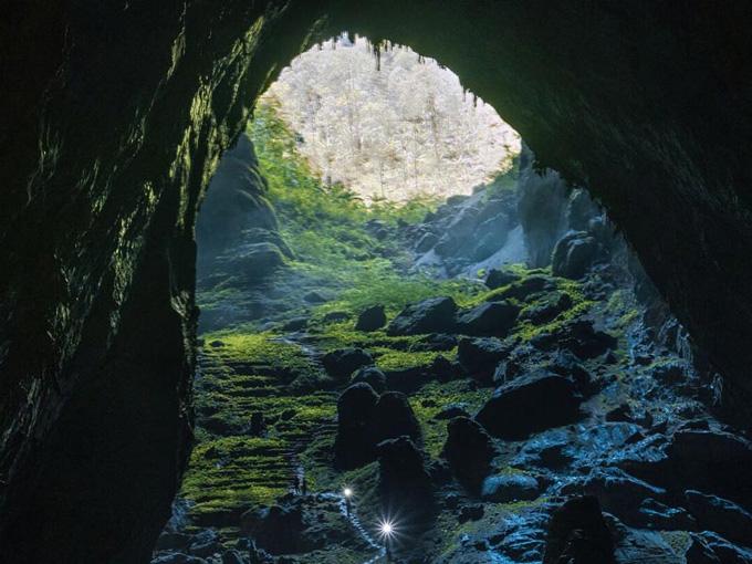 Hang Sơn Đoòng, hang động lớn nhất thế giới tọa lạc tại Vườn Quốc gia Phong Nha - Kẻ Bàng