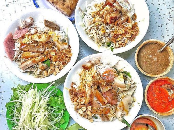 """Bún Tôm Chua đặc sản được mệnh danh là món ăn """"tiến vua"""""""