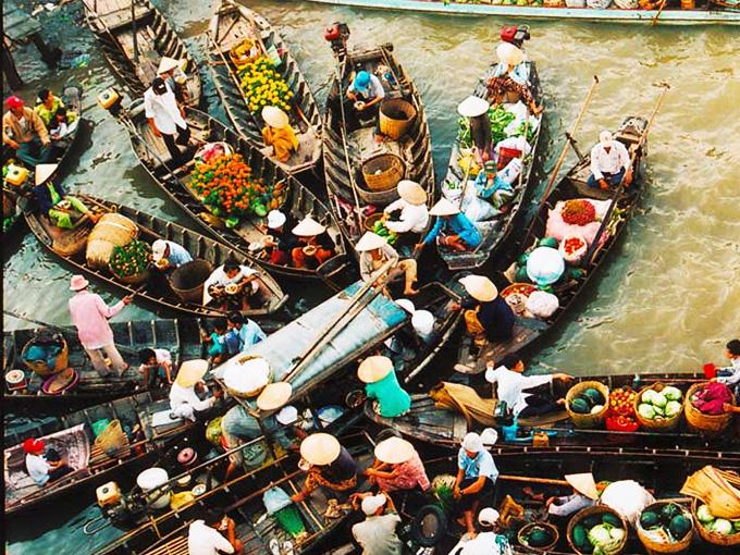 Chợ Nổi Cái Răng nhìn từ  trên cao