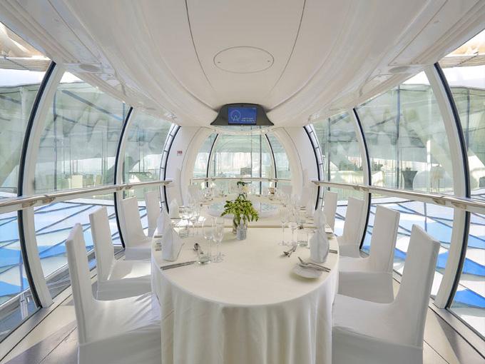 Không gian bên trong cabin Vòng đu quay lớn nhất thế giới - Ain Dubai